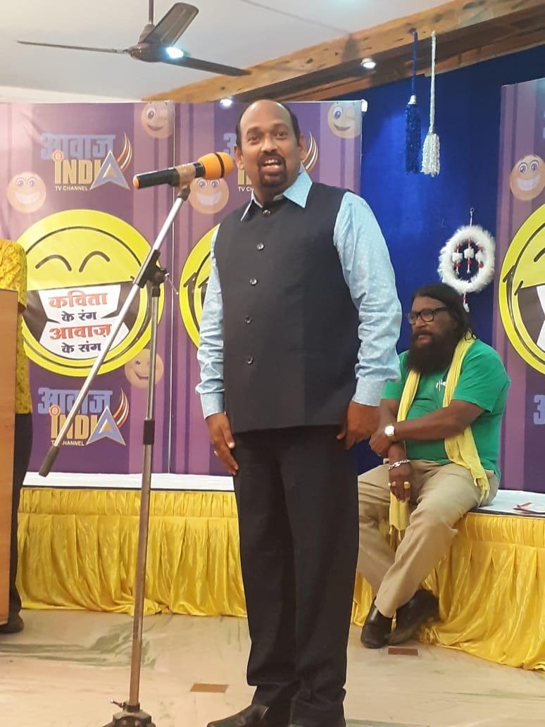 दिनेश कनोजे 'देहाती' : हंसी के ठहाकों से साहित्य सेवा तक