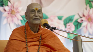 Swami-Satyamitranand-Giriji